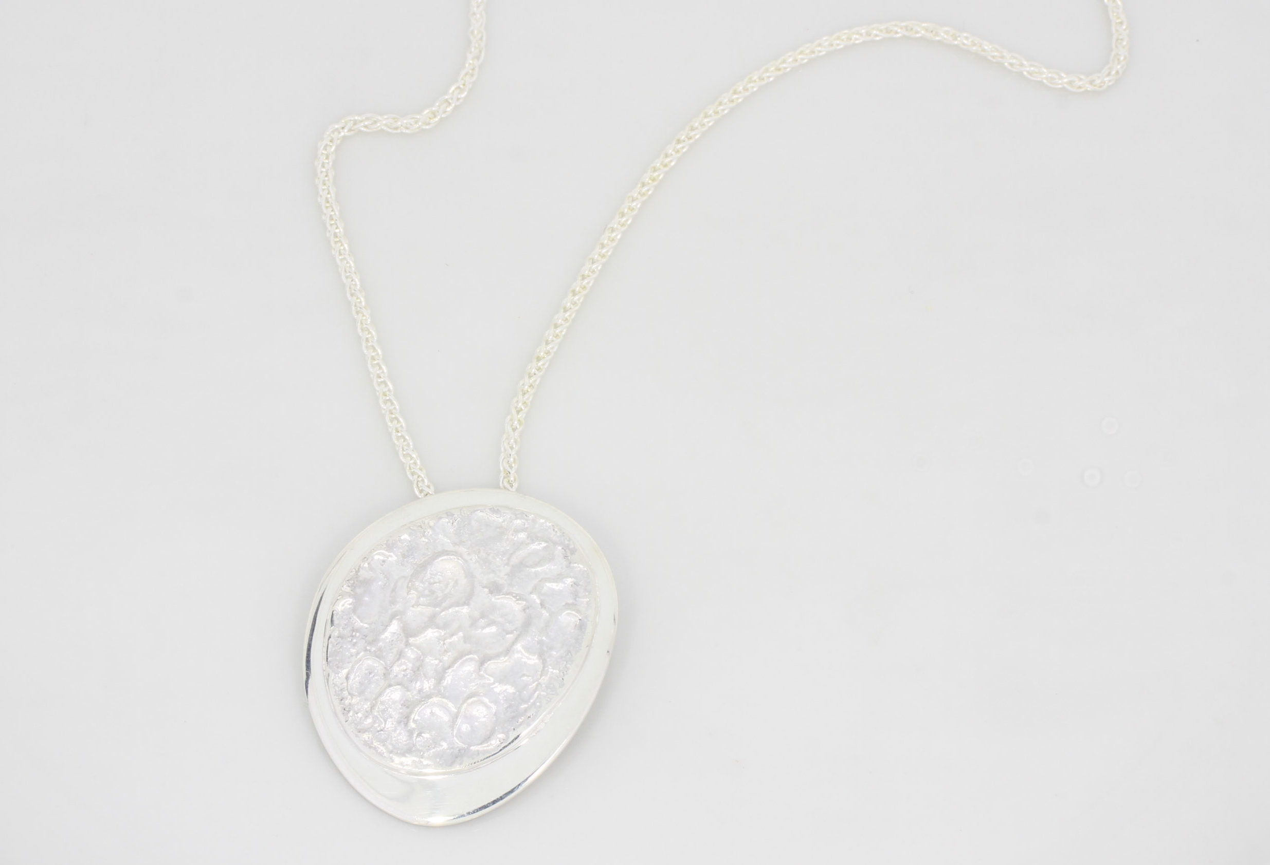 Payet large reticulated pendant