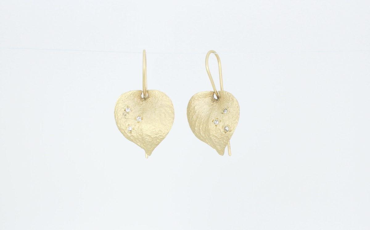 Payet textured gold & diamond earrings
