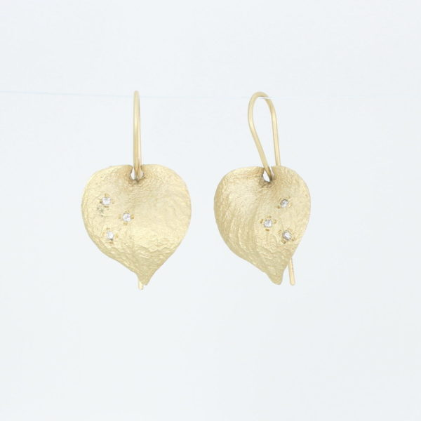 Payet textured gold & diamond earrings