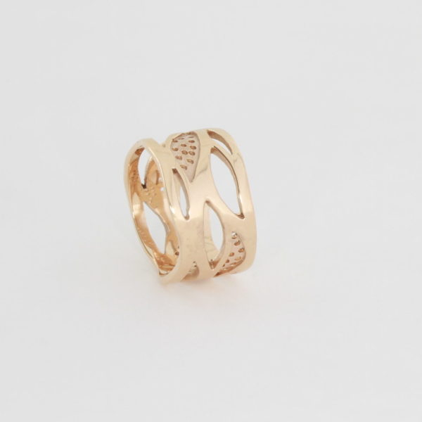 Payet Dariya's dream rose gold ring