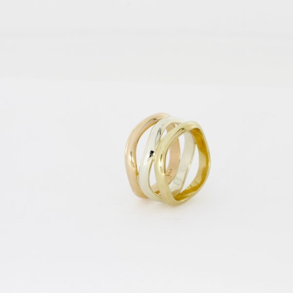 Payet 3 gold wave ring