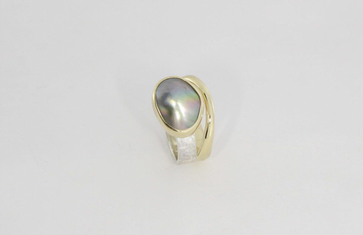 Payet two tone Abrolhos Island mabe pearl ring