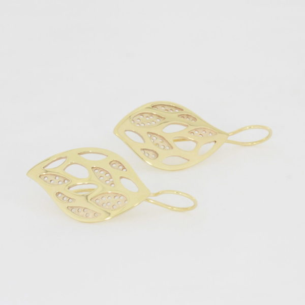 Payet lace leaf gold earrings
