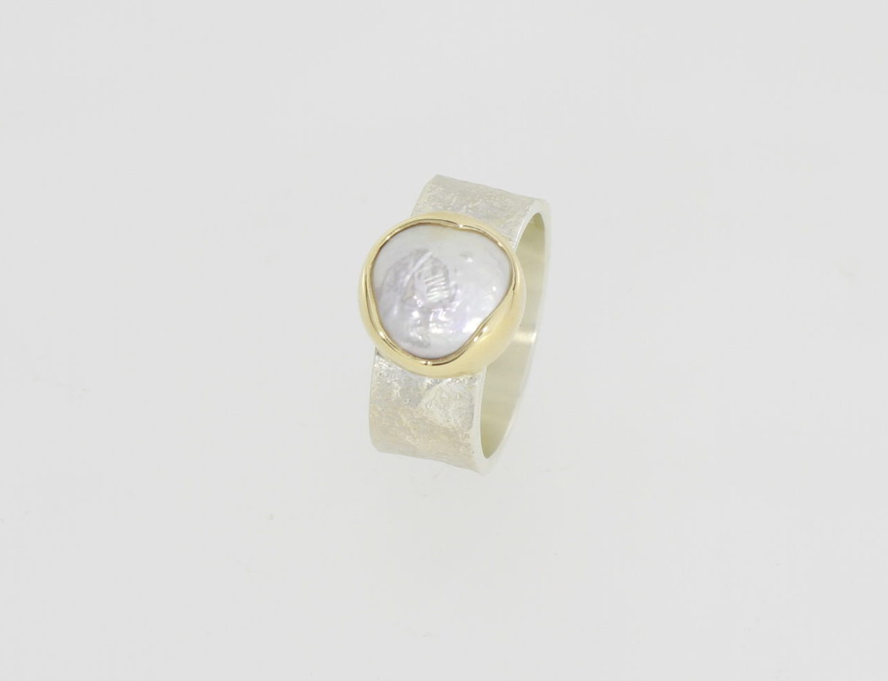 Payet fresh water button pearl ring