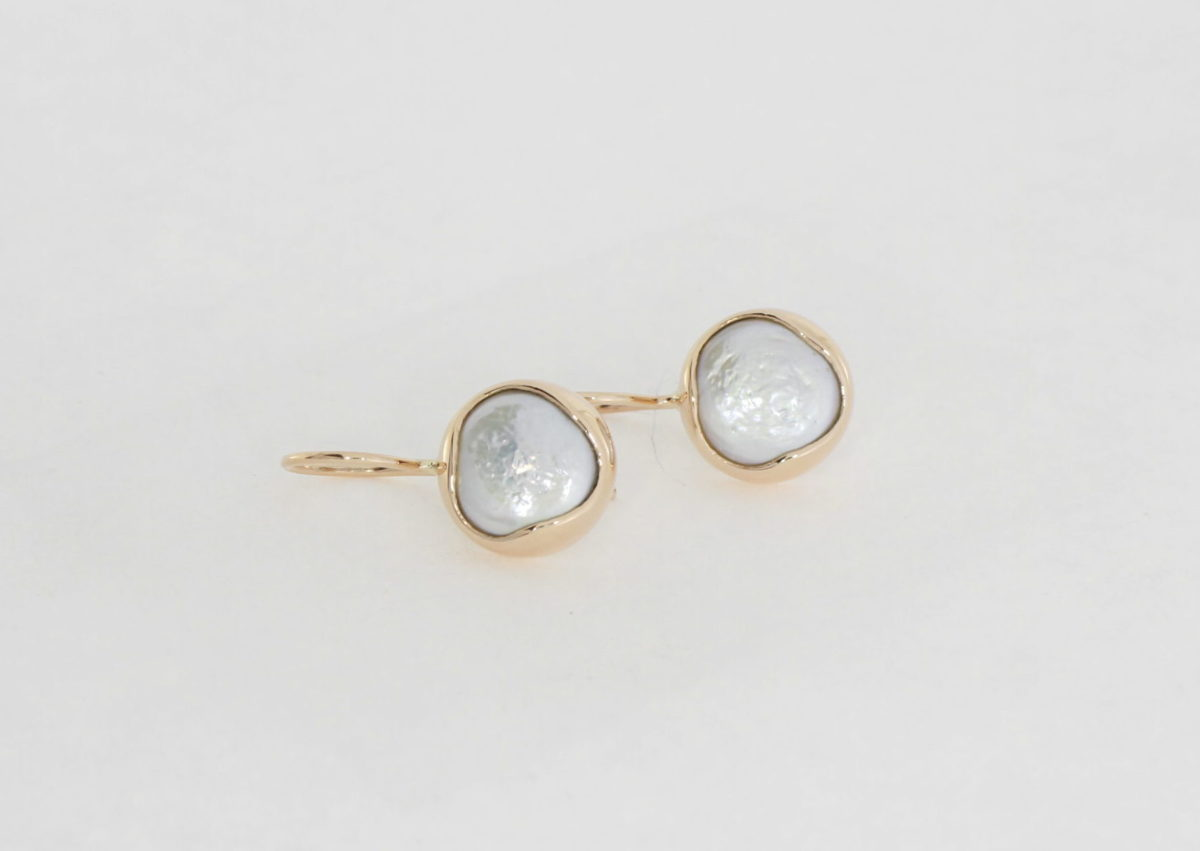 Payet button pearl rose gold earrings