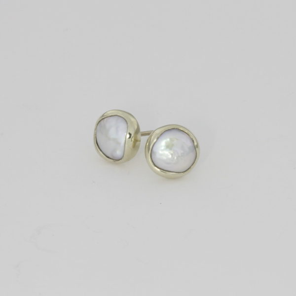 Payet white gold button pearl studs