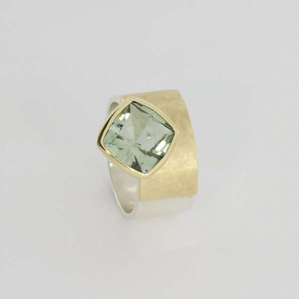 Payet cushion cut green quartz ring