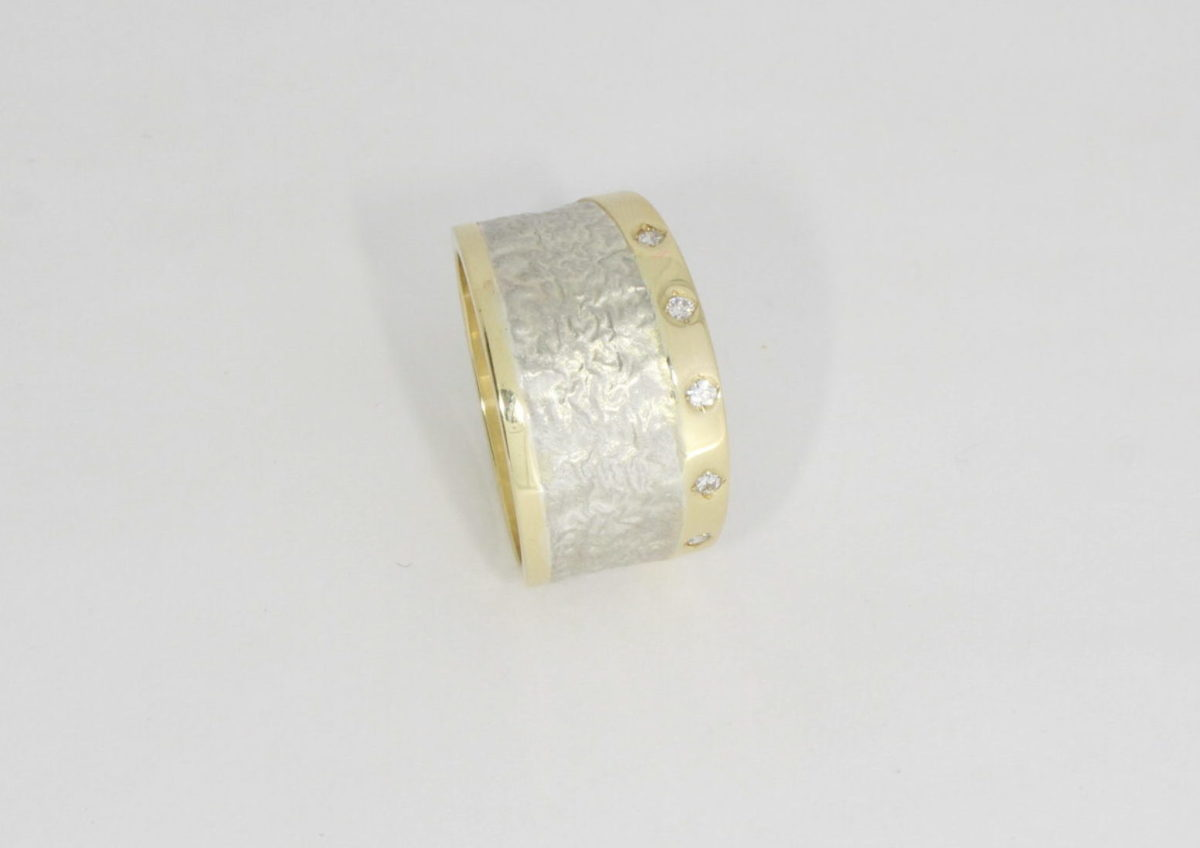 Payet 5 diamond ring