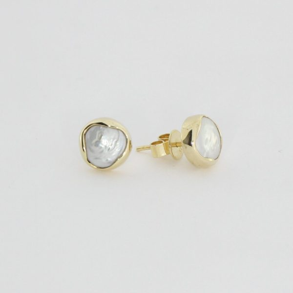 Payet button pearl studs