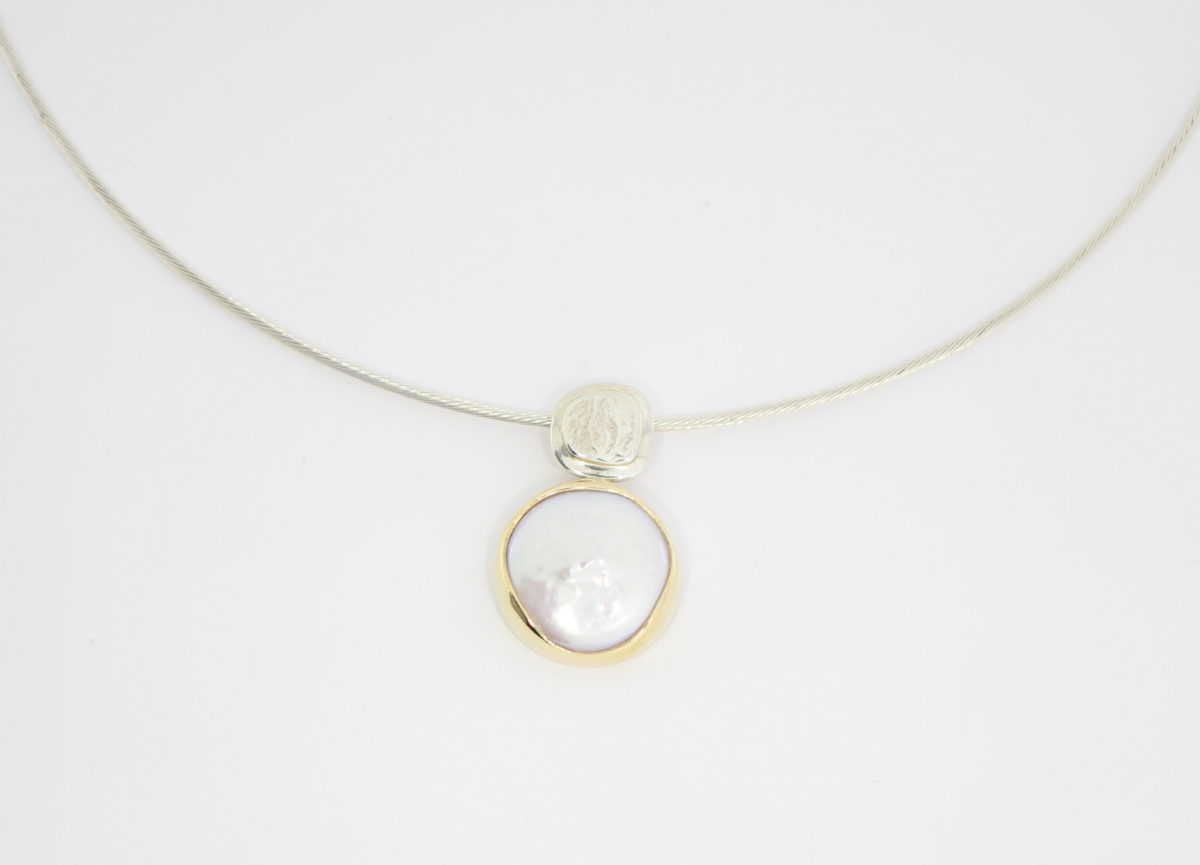 Payet fresh water button pearl pendant