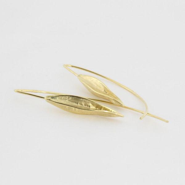Payet seed pod earrings
