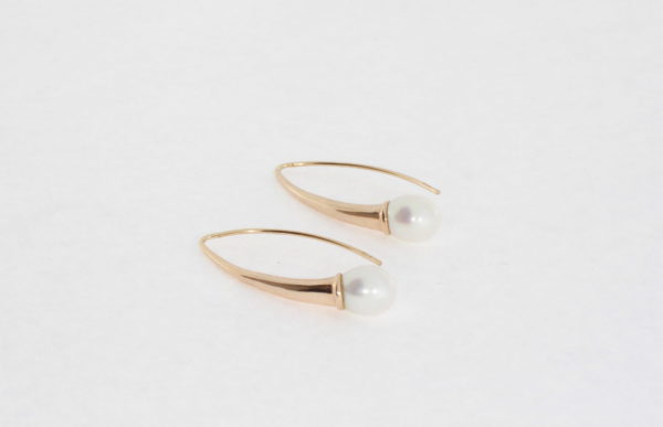 Payet long fresh water pearl earrings