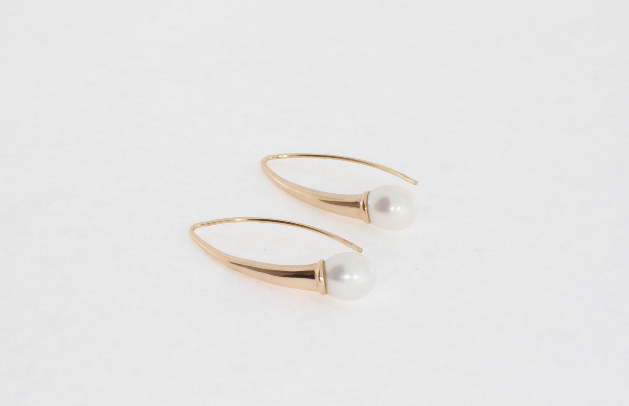 Payet long fresh water pearl earrings
