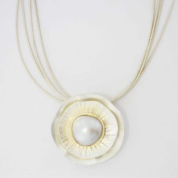 Payet Broome made pearl pendant