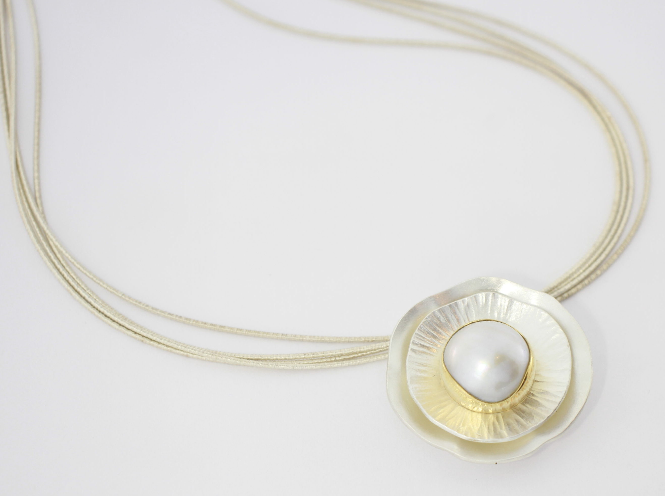 Payet Broome made pearl dish pendant