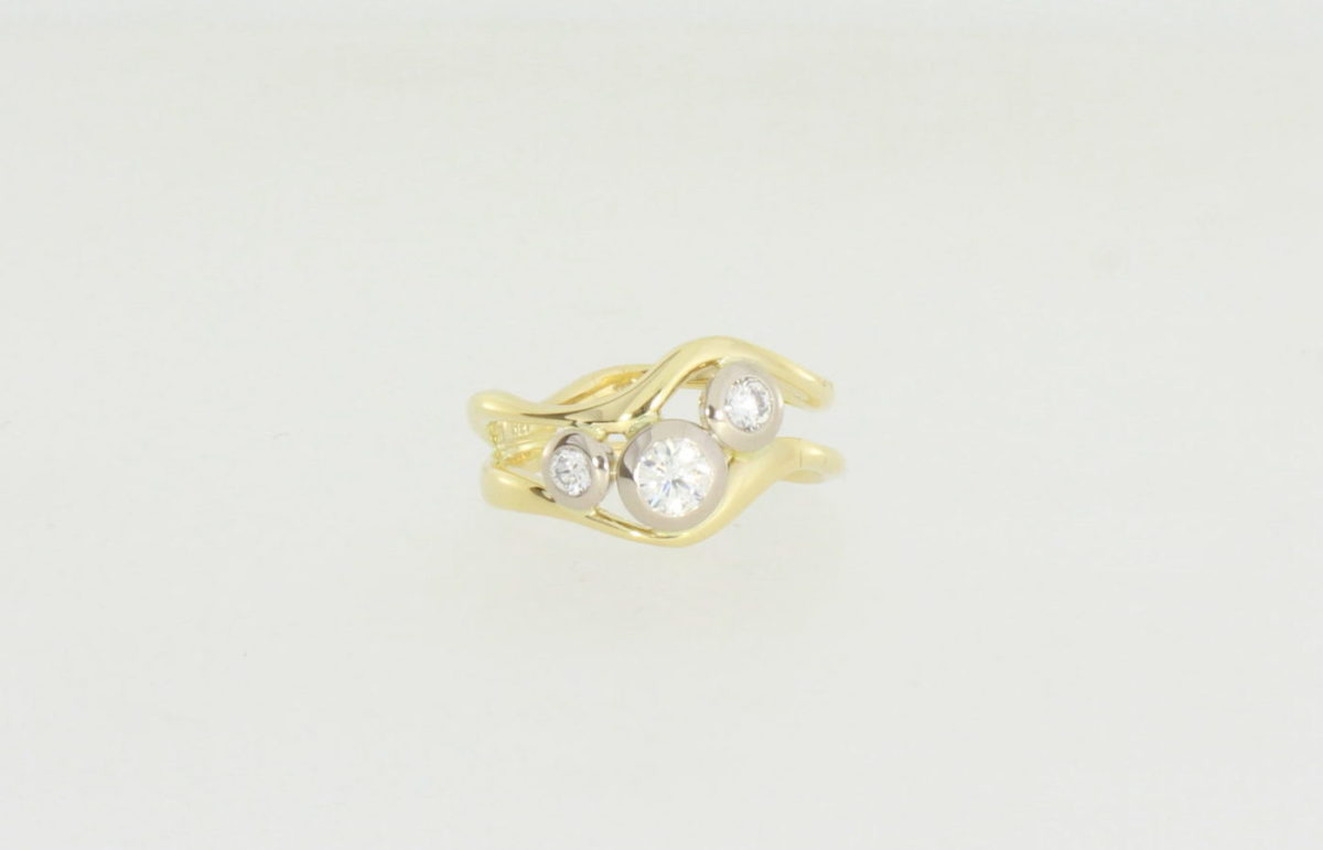 Payet triple white diamond wave ring