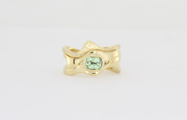 Payet gallery bespoke green garnet ring