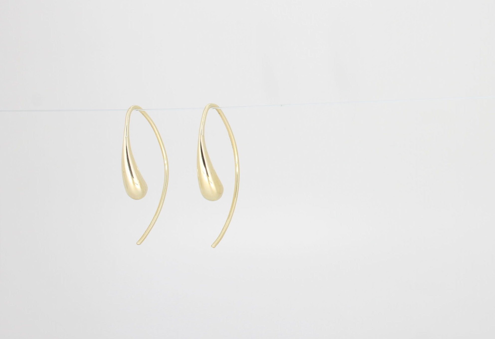 Payet small shaped drop earring
