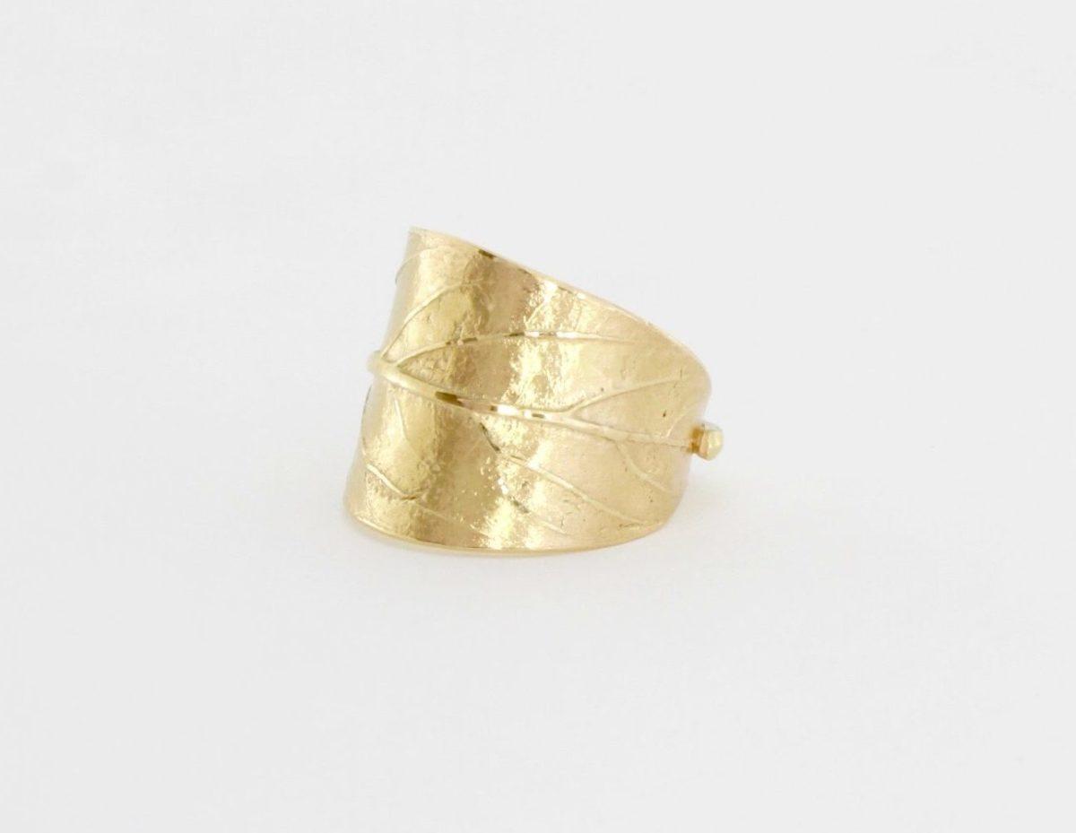 Payet avacado leaf ring