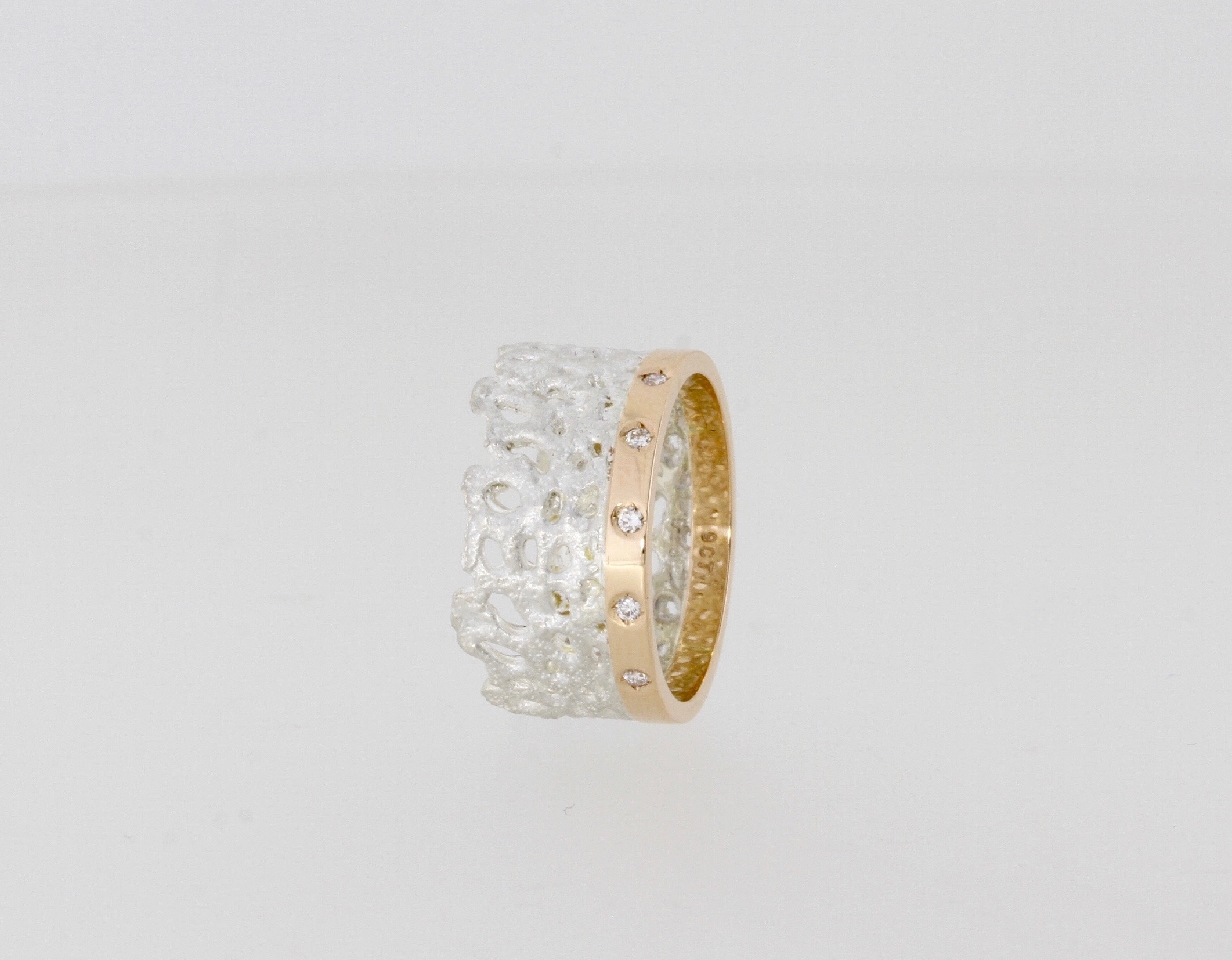 Payet coral band ring