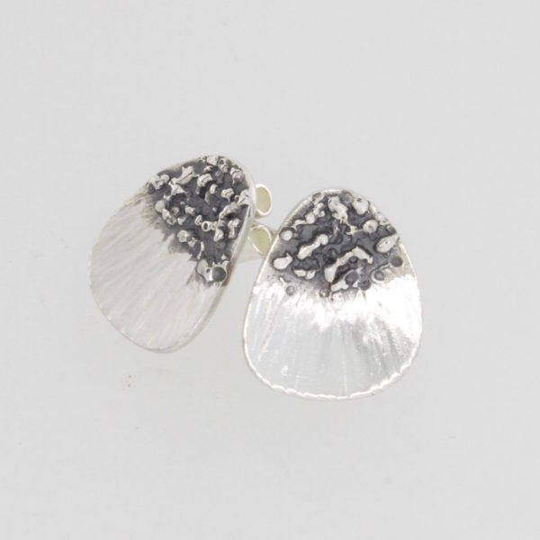 Payet Fish Fin studs