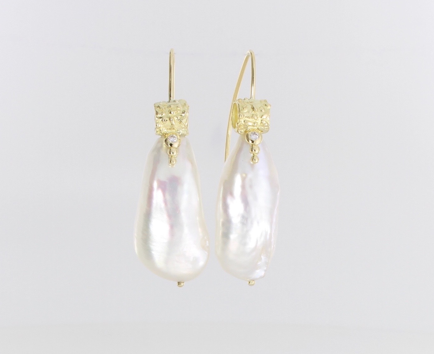 Payet gallery earrings