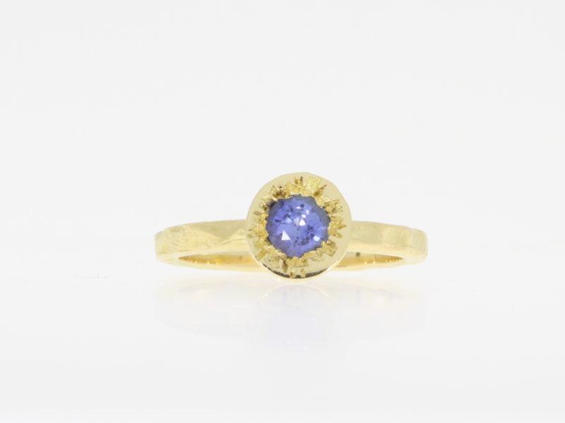 Payet Ceylon sapphire ring